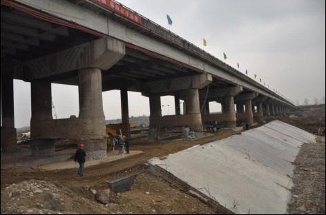 G108线石亭江大桥加固处治工程通过动态负载试验